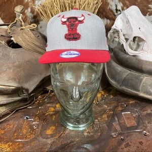 New Era Chicago Bulls Embroidered Snap Back Hat